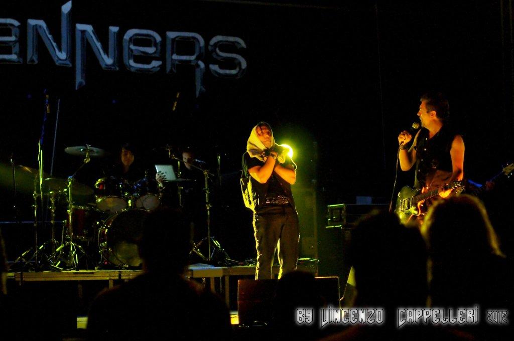 Skanners